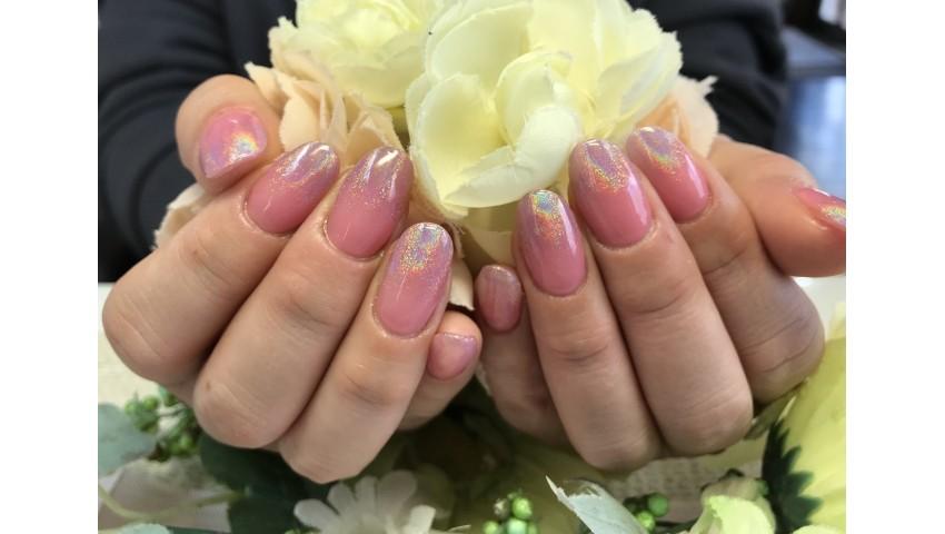 春色ピンクでユニコーンネイル